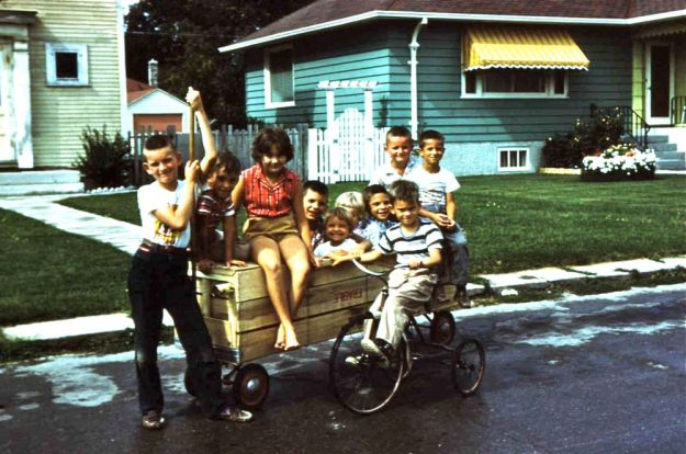 1961, River Oaks Drive kids