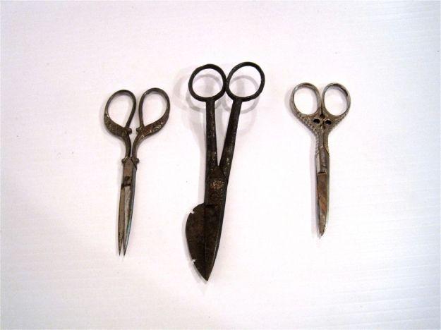 https://www.etsy.com/ca/listing/158954920/instant-collection-antique-scissors